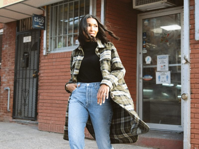 How to Add Edge to a Turtleneck & Jeans Outfit